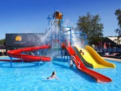 HOLIDAY CAMPING Resort w Łazach ośrodek z basenem nad morzem